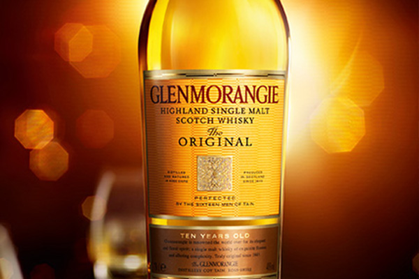Glenmorangie 10 Year Old whisky bottle